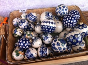 Porcelain and hand-painted ornaments. Beautiful!